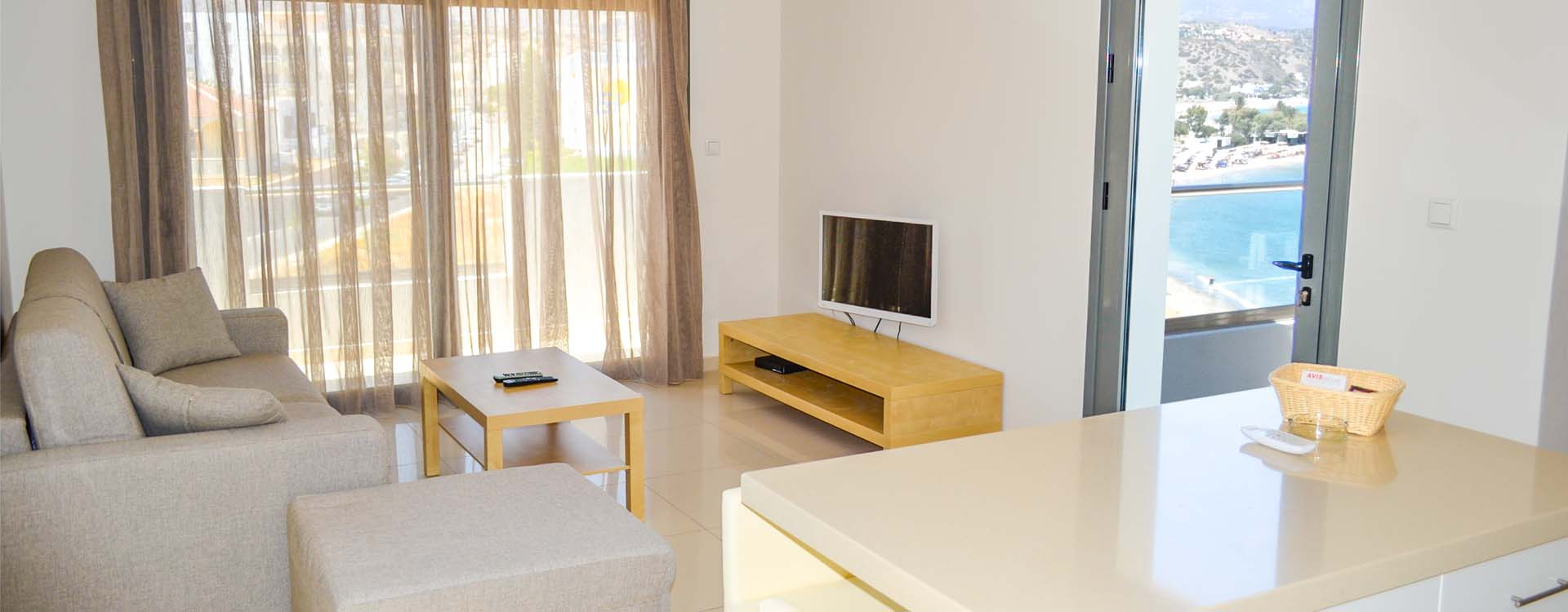 Fully furnished and equipped apartments with a view of the sea and mountains